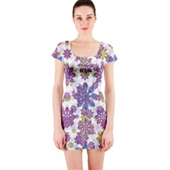 Stylized Floral Ornate Short Sleeve Bodycon Dress