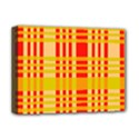 Check Pattern Deluxe Canvas 16  x 12   View1