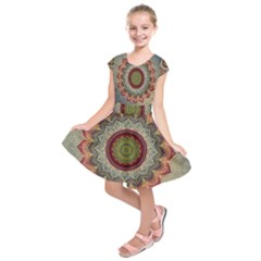 Folk Art Lotus Mandala Dirty Blue Red Kids  Short Sleeve Dress