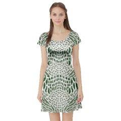 Green Snake Texture Short Sleeve Skater Dress