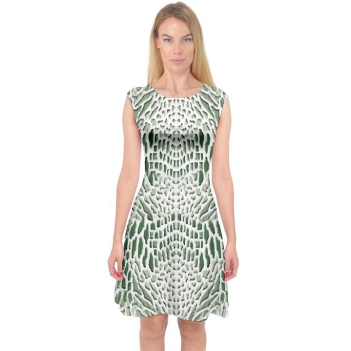 GREEN SNAKE TEXTURE Capsleeve Midi Dress