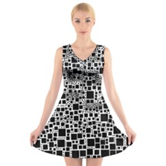 Block On Block, B&w V-Neck Sleeveless Skater Dress