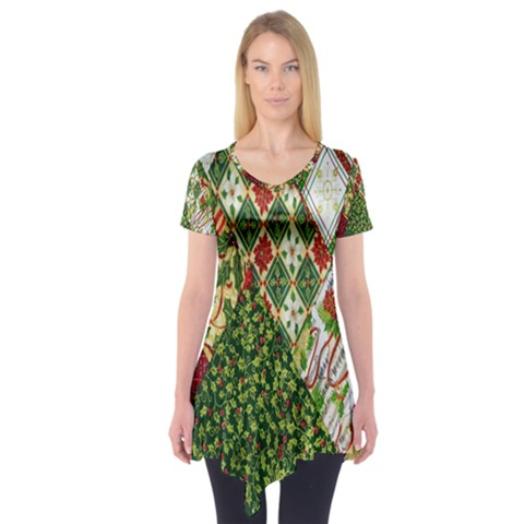 Christmas Quilt Background Short Sleeve Tunic
