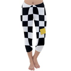 Dropout Yellow Black And White Distorted Check Capri Winter Leggings