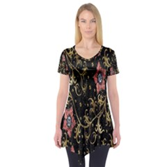 Floral Pattern Background Short Sleeve Tunic