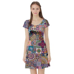 Ornamental Mosaic Background Short Sleeve Skater Dress