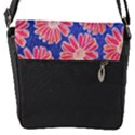 Pink Daisy Pattern Flap Messenger Bag (S) View1