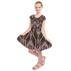 Pearly Pattern  Kids  Short Sleeve Dress