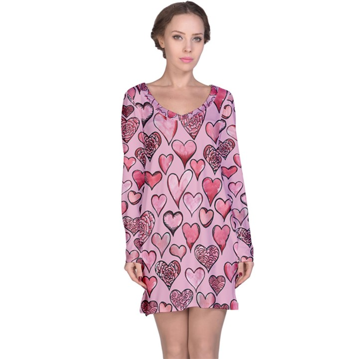 Artistic Valentine Hearts Long Sleeve Nightdress
