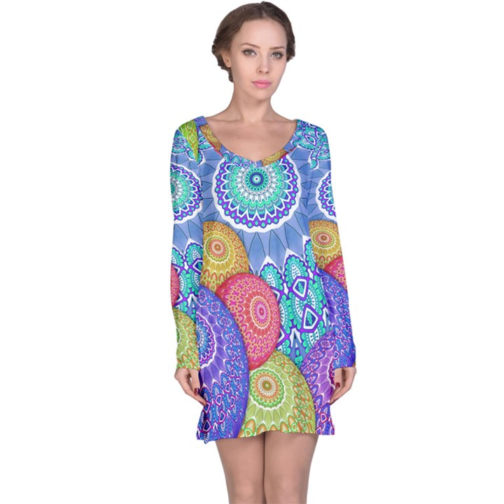 India Ornaments Mandala Balls Multicolored Long Sleeve Nightdress