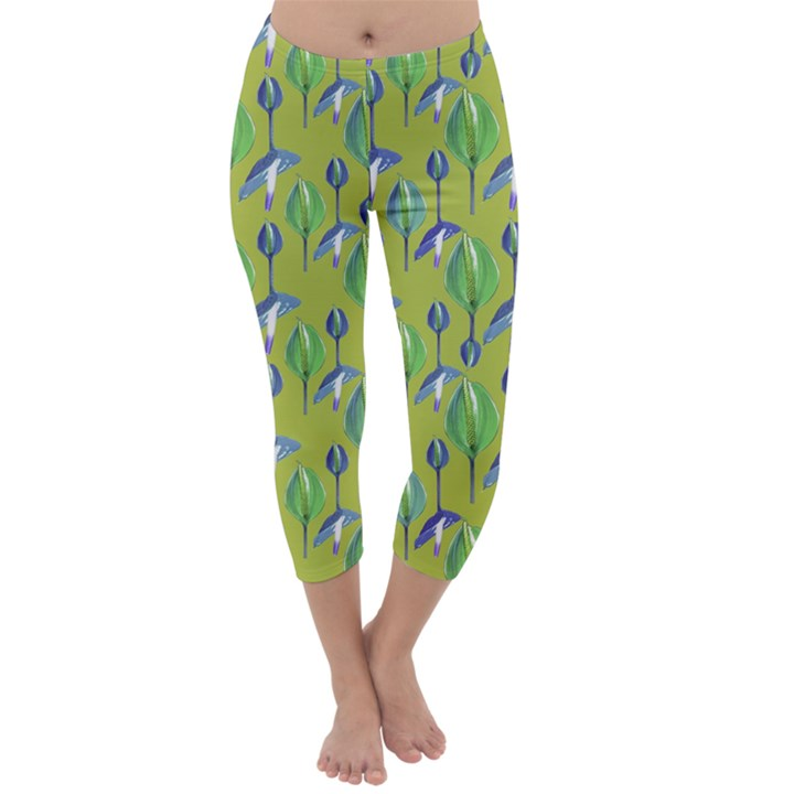 Tropical Floral Pattern Capri Winter Leggings