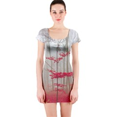 Magic Forest In Red And White Short Sleeve Bodycon Dress