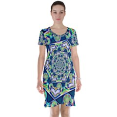 Power Spiral Polygon Blue Green White Short Sleeve Nightdress