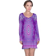 India Ornaments Mandala Pillar Blue Violet Long Sleeve Nightdress
