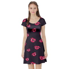 Pattern Of Vampire Mouths And Fangs Short Sleeve Skater Dress