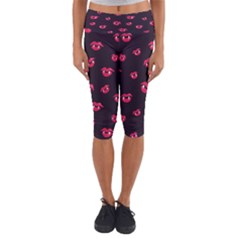 Pattern Of Vampire Mouths And Fangs Capri Yoga Leggings