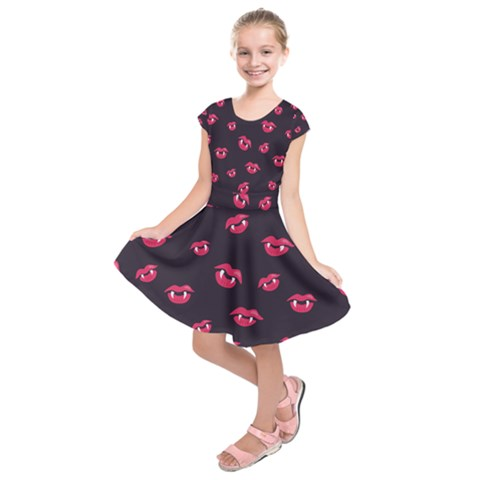 Pattern Of Vampire Mouths And Fangs Kids  Short Sleeve Dress