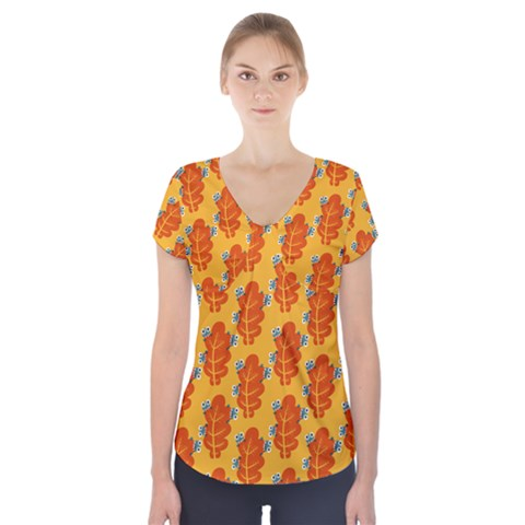 Bugs Eat Autumn Leaf Pattern Short Sleeve Front Detail Top