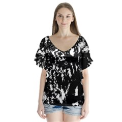 Black and white miracle Flutter Sleeve Top