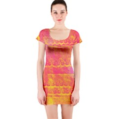 Yello And Magenta Lace Texture Short Sleeve Bodycon Dress