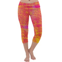 Yello And Magenta Lace Texture Capri Yoga Leggings