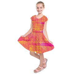 Yello And Magenta Lace Texture Kids  Short Sleeve Dress