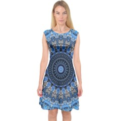 Feel Blue Mandala Capsleeve Midi Dress