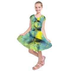 Light Blue Yellow Abstract Fractal Kids  Short Sleeve Dress