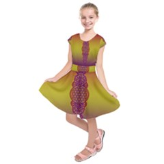 Flower Of Life Vintage Gold Ornaments Red Purple Olive Kids  Short Sleeve Dress