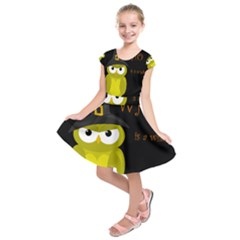 Who is a witch? - yellow Kids  Short Sleeve Dress