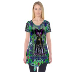 Lady Draccula With Flower Ghost And Love Short Sleeve Tunic