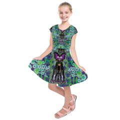 Lady Draccula With Flower Ghost And Love Kids  Short Sleeve Dress