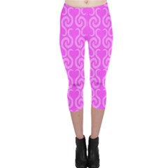Pink elegant pattern Capri Leggings