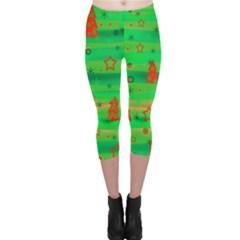 Green Xmas magic Capri Leggings