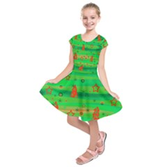 Xmas magical design Kids  Short Sleeve Dress