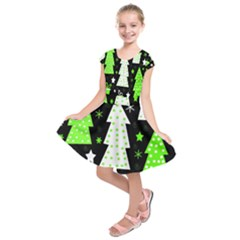 Green Playful Xmas Kids  Short Sleeve Dress