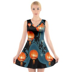 Lampion V-Neck Sleeveless Skater Dress