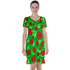 Xmas flowers Short Sleeve Nightdress