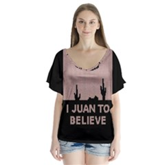 I Juan To Believe Ugly Holiday Christmas Black Background Flutter Sleeve Top