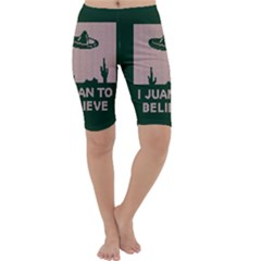 I Juan To Believe Ugly Holiday Christmas Green background Cropped Leggings