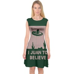 I Juan To Believe Ugly Holiday Christmas Green Background Capsleeve Midi Dress
