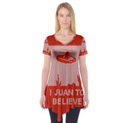 I Juan To Believe Ugly Holiday Christmas Red Background Short Sleeve Tunic