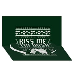 Kiss Me I m Irish Ugly Christmas Green Background Twin Heart Bottom 3D Greeting Card (8x4)