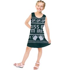 Kiss Me I m Irish Ugly Christmas Green Background Kids  Tunic Dress