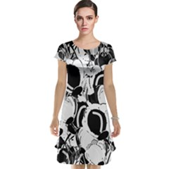 Black and white garden Cap Sleeve Nightdress