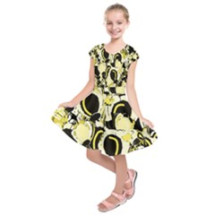 Yellow abstract garden Kids  Short Sleeve Dress