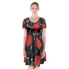 Red roses Short Sleeve V-neck Flare Dress