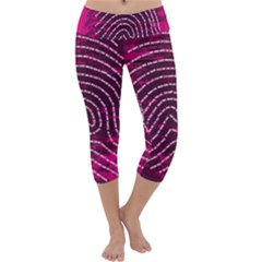 Above & Beyond Sticky Fingers Capri Yoga Leggings
