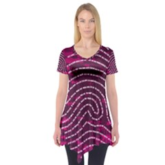 Above & Beyond Sticky Fingers Short Sleeve Tunic