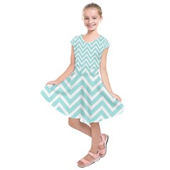 Chevrons Zigzags Pattern Blue Kids  Short Sleeve Dress
